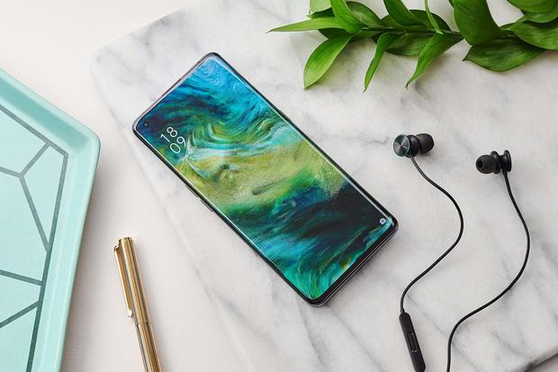 The OPPO Find X2 Pro is as Powerful as it is Pretty