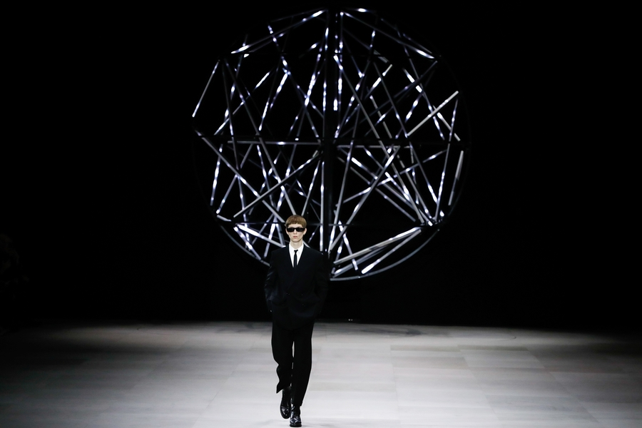 Closing Paris Fashion Week Fall/Winter 2019: The Celine Man Is Born