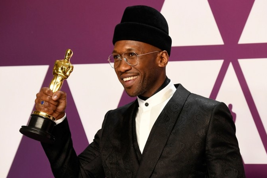 The Story Behind Mahershala Ali's Incredible Oscars Hat