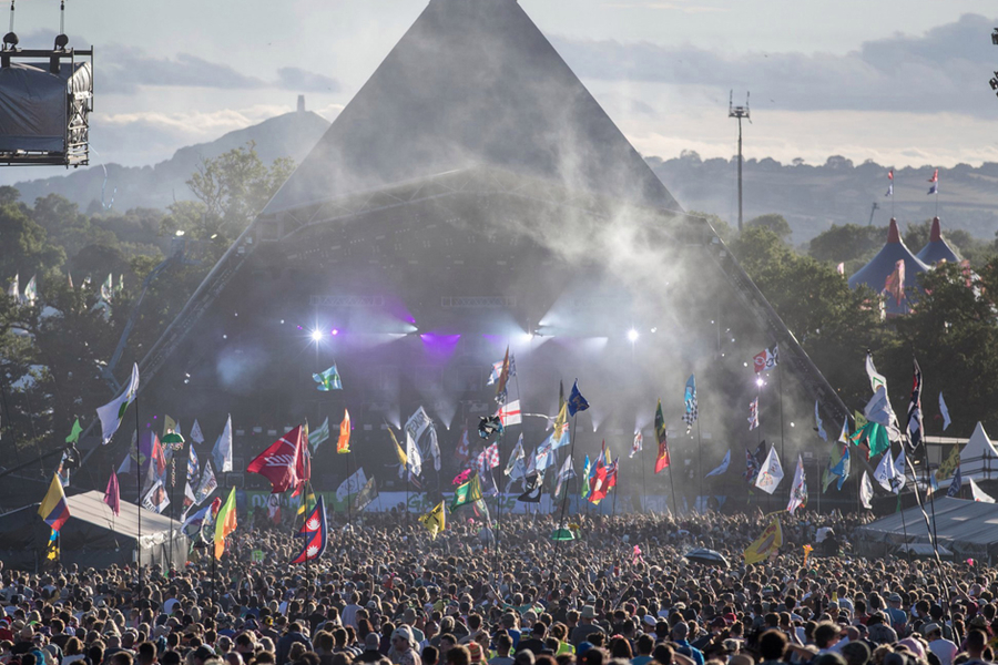 How Glastonbury Builds A City-Sized Phone Network For Just One Weekend