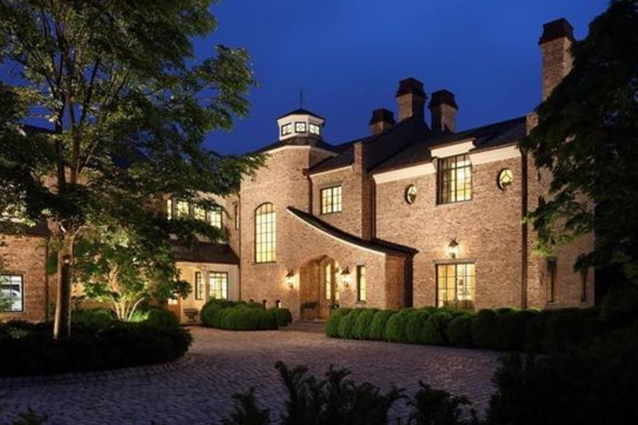 Take A Tour Of Tom Brady's Massive $60 Million GOAT-Castle