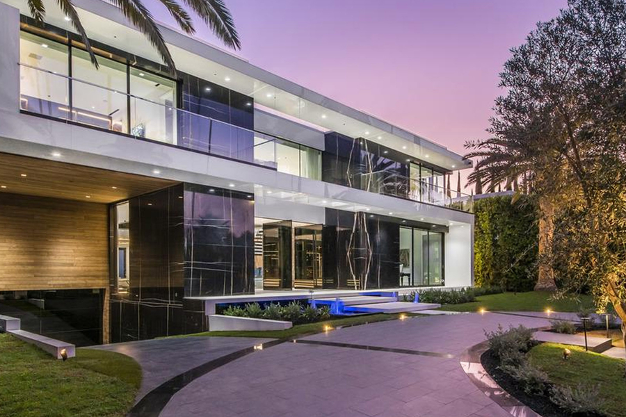 This $65 Million Beverly Hills Mansion Comes With Its Own Car Gallery