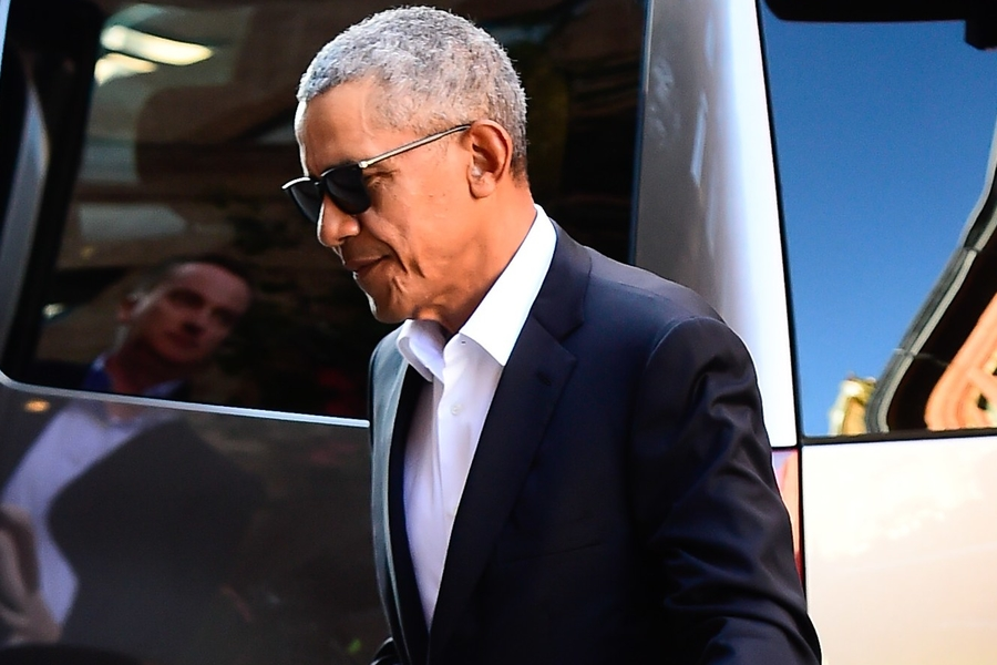 Barack Obama's Post-Presidential Style Is Thriving