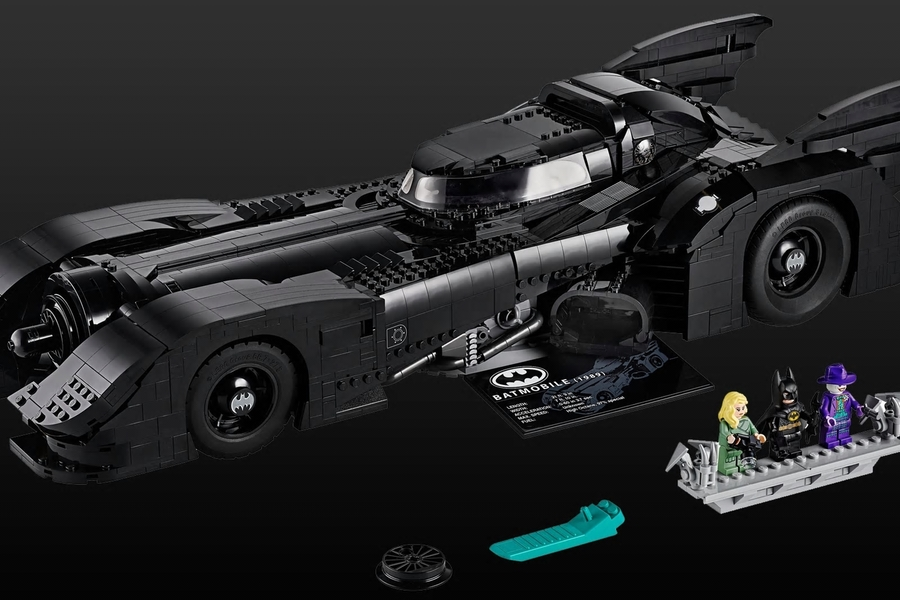 This $400 Batmobile Lego Set Just Shot To The Top Of Our Christmas List