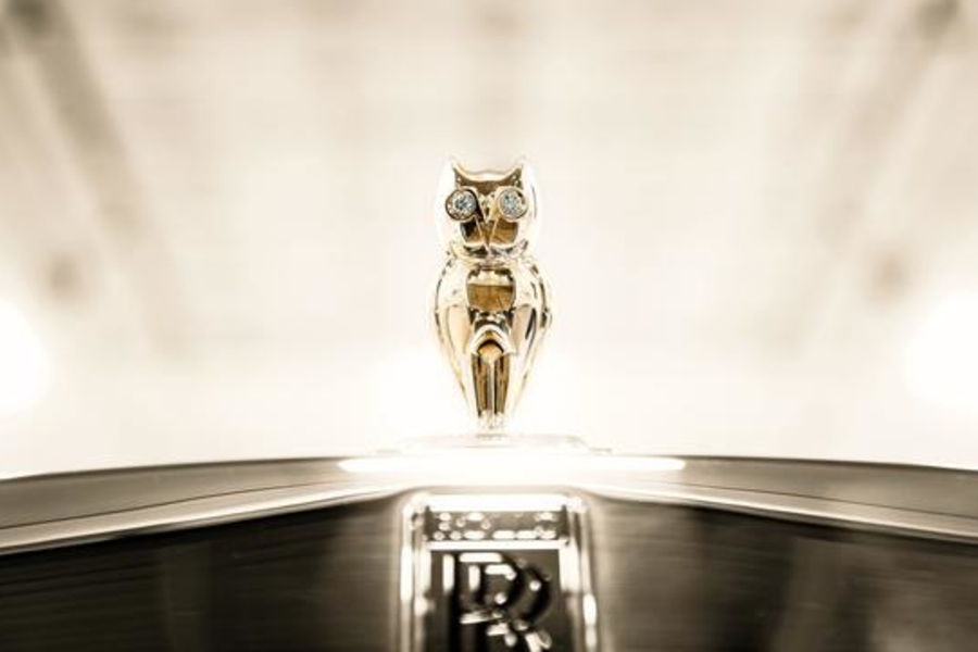 Drake's $1 Million Rolls-Royce Could Be The Gaudiest Thing On Four Wheels