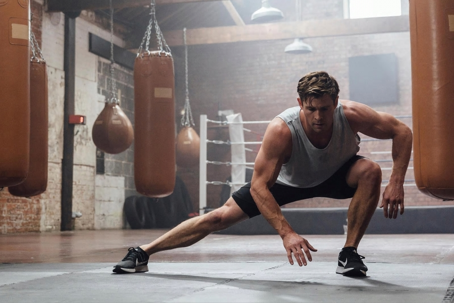 Chris Hemsworth Has Dropped A Bulldozer Of A Workout To Break Your Week
