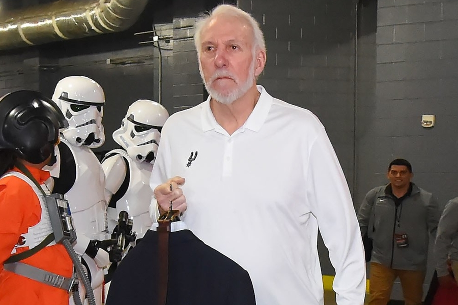 Gregg Popovich Is The NBA's New Tunnel King