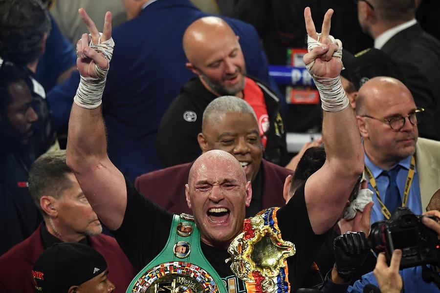 Tyson Fury Beats Deontay Wilder And Becomes The WBC Heavyweight Champion