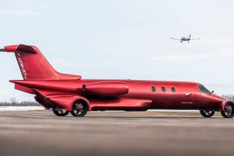 The Limo-Jet Could Be The Most Crazy Street Legal Limo In The World