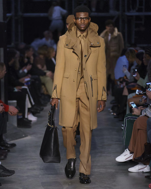 British Contrasts Collide At Burberry's Fall/Winter 2019 Show