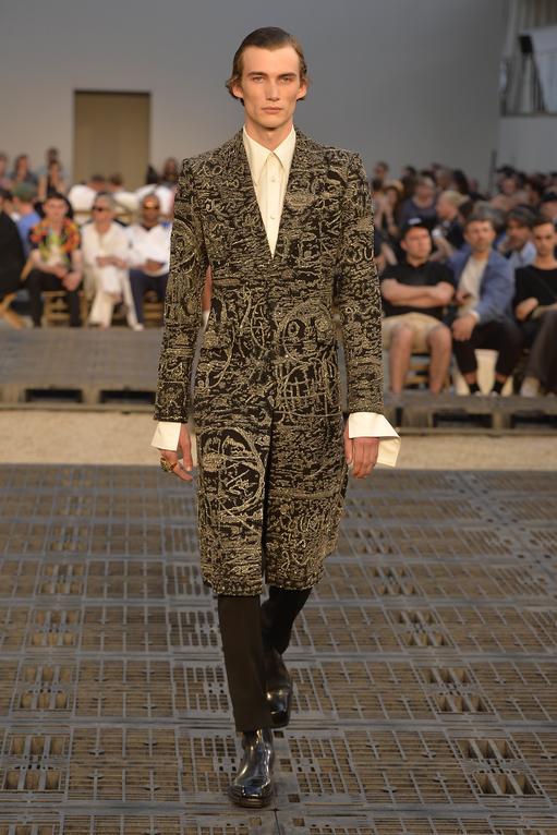 Sarah Burton Skilfully Carries Alexander McQueen's Legacy Forward