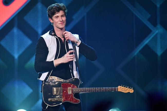 Shawn Mendes's Stylist On The Inspiration Behind The Singer-Songwriter's Tour Wardrobe