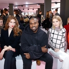 Your Front Row Fashion Week Fantasy Is Now A Reality